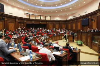 Խորհրդարանը շարունակել է հերթական նիստերի աշխատանքը  – 30/05/19