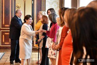 Արգենտինայի ձեռնարկատեր կանայք ցանկանում են համագործակցության կամուրջ ստեղծել Հայաստանի հետ. նրանց ընդունեց նախագահի տիկինը