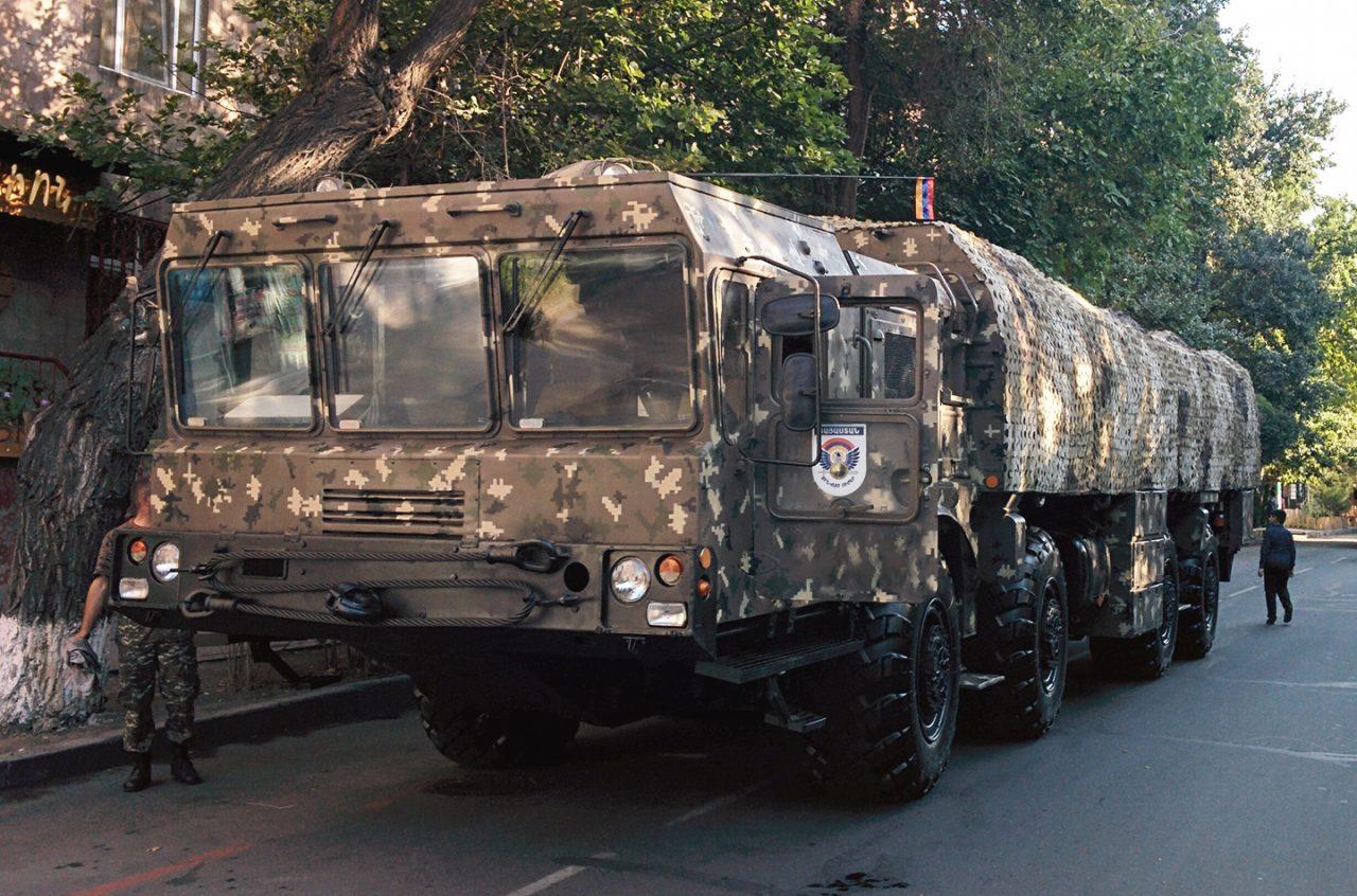 Հայկական խոշոր զինատեսակները մտնում են մարտադաշտ