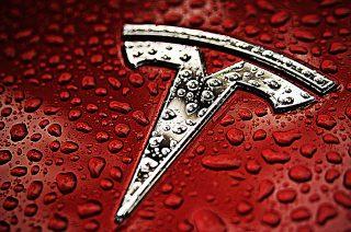 Tesla-ի բաժնետոմսերը վերջին շրջանում անընդմեջ անկում են ապրում