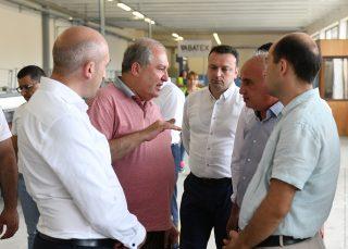 Արմեն Սարգսյանն այցելել է կարկտապաշտպան ցանցերի արտադրության «ՎԱԲԱ» ընկերություն