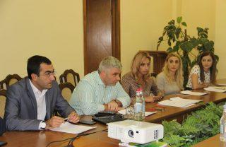 Տեղի է ունեցել Հայաստանի խաղողագործության և գինեգործության հիﬓադրաﬕ հոգաբարձուների խորհրդի հերթական նիստը
