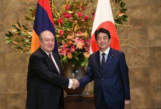 Հայաստանի նախագահ Արմեն Սարգսյանը հանդիպել է Ճապոնիայի վարչապետ Շինձո Աբեի հետ