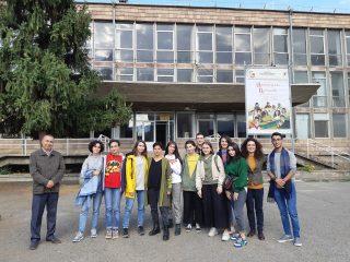 Գաֆէսճեան արվեստի կենտրոնը և Beeline-ը Հայաստանի ազգային պատկերասրահի Եղեգնաձորի մասնաճյուղում ներկայացրեցին «Արվեստանոց» ցուցադրությունը