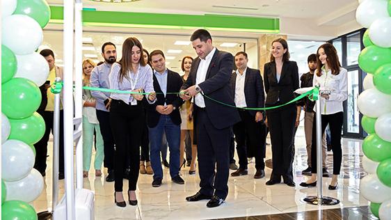 Ucom. նորաբաց վաճառքի և սպասարկման կենտրոն` Նոր Նորքի «Մեգամոլ Արմենիա» առևտրի կենտրոնում