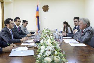 Ֆրենկ Փալոնը Google-ի և PayPal-ի հետ կքննարկի Հայաստանին առնչվող խնդիրները