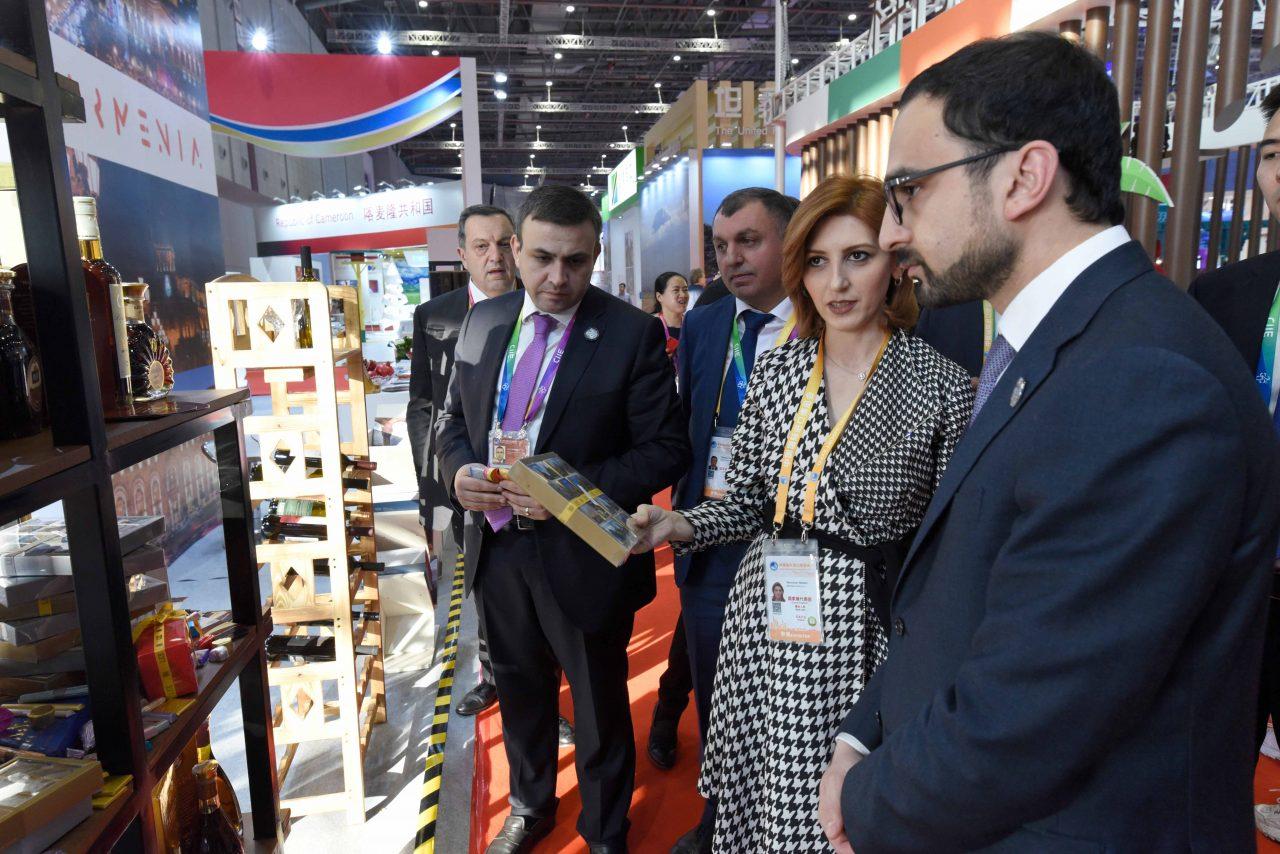 Հայաստանի պատվիրակությունը մասնակցել է Չինաստանի Շանհայ քաղաքում մեկնարկած Չինաստանի միջազգային ներմուծման ցուցահանդեսին