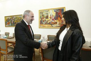 Քիմ Քարդաշյանը Նիկոլ Փաշինյանին հայտնել է Հայաստանում բիզնես սկսելու մտադրության մասին