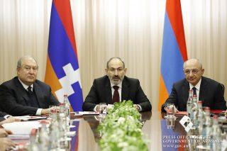 Երևանում տեղի է ունենում Հայաստանի և Արցախի Անվտանգության խորհուրդների համատեղ նիստը