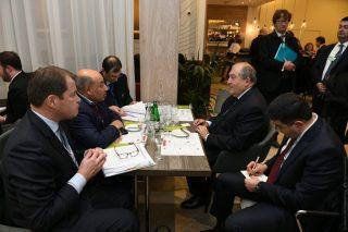 Նախագահ Սարգսյանը վերահաստատել է 2021 թ. ՎԶԵԲ տարեկան ժողովը հյուրընկալելու Հայաստանի առաջարկությունը