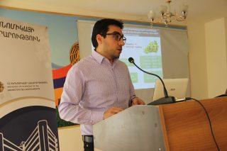 Արարատի մարզի ֆերմերներին ներկայացվել են գյուղոլորտում իրականացվող պետական օժանդակության ծրագրերը
