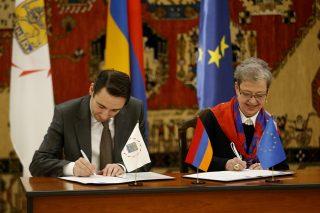 5,3 մլն եվրո՝ վտանգավոր թափոնների կառավարմանը. քաղաքապետն ու ԵՄ դեսպանը հուշագիր են ստորագրել