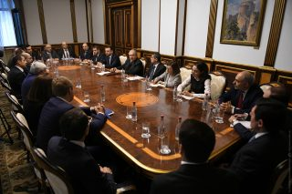 Արմեն Սարգսյանը հանդիպել է Հայաստանի մի խումբ առևտրային բանկերի ղեկավարների և ներկայացուցիչների հետ