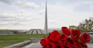 4u.am-ը քաղաքացիների պատվերով ծաղիկներ կխոնարհի Ծիծեռնակաբերդի հուշահամալիրում
