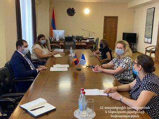 Նախարար Սուրեն Պապիկյանը հրաժեշտի հանդիպում է ունեցել Երևանում Եվրոպայի խորհրդի գրասենյակի ղեկավար Նատալյա Վուտովայի հետ