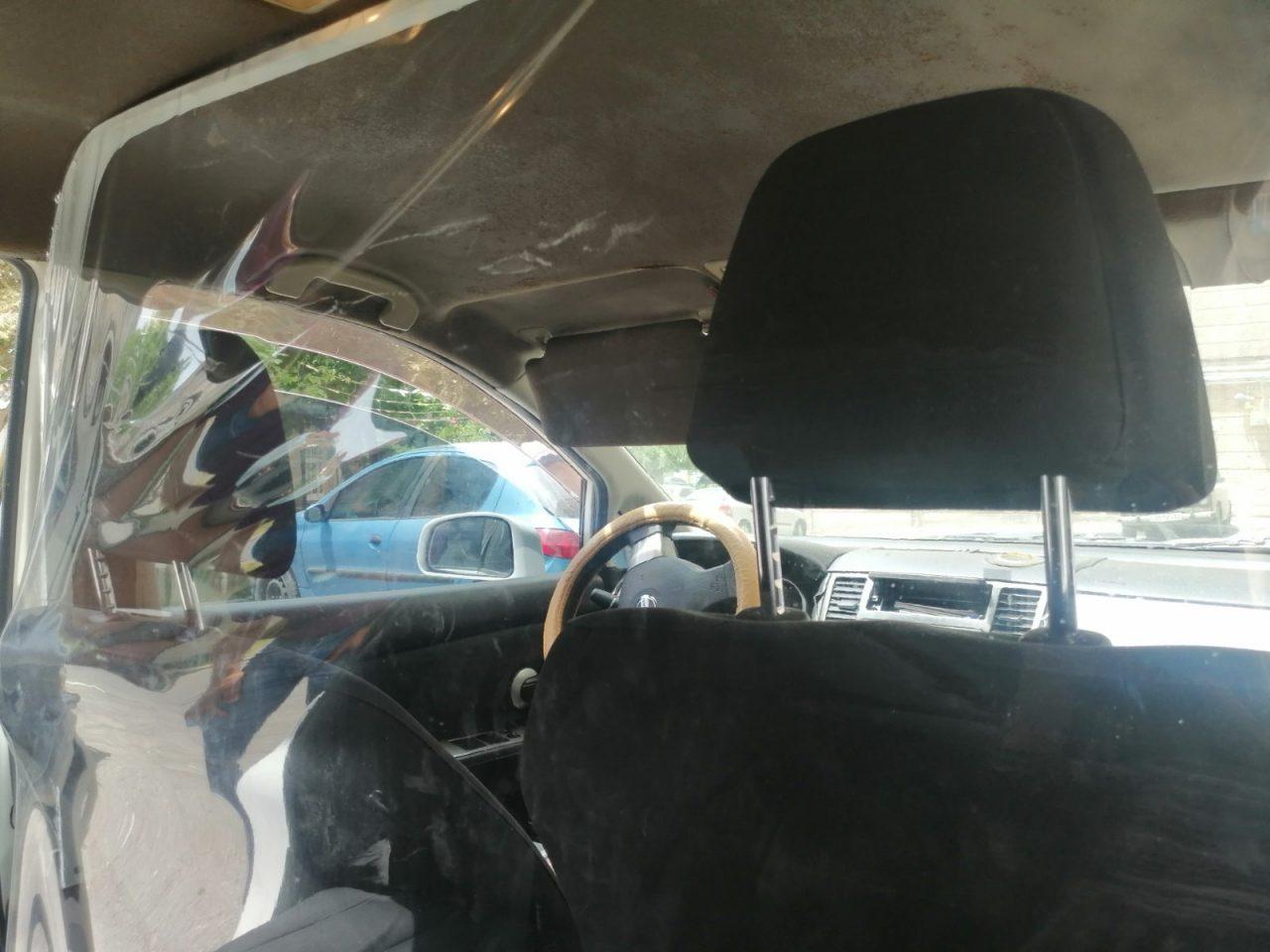 Ուղևորները տեսնում են, որ մեքենայի սրահը ցելոֆոնապատել, առանձնացրել եմ, իրենց ավելի ապահով են զգում