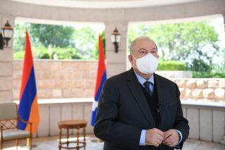 Արմեն Սարգսյանը հանդիպել է «Դասո սիստեմս» ընկերության ղեկավարության հետ
