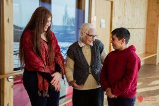 Միայնակ չթողնենք մեր մեծերին. «Հայկական Կարիտաս»-ը հայտարարում է տարեցների միամսյակ