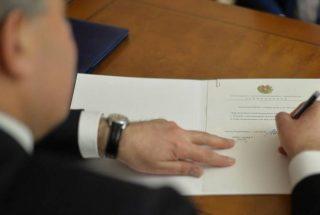 Նախագահ Սարգսյանը ստորագրել է ռազմական դրության ժամանակ հարկային արտոնություններ սահմանող օրենքներ