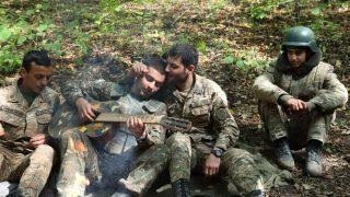 ՊԲ-ն պարգևատրման է ներկայացրել մի խումբ զինծառայողների