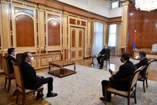 Նախագահ Արմեն Սարգսյանը շարունակում է քաղաքական խորհրդակցությունները