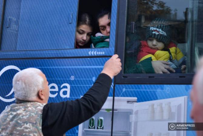 Նոյեմբերի 22-ին Ստեփանակերտ է վերադարձել ավելի քան 1400 մարդ