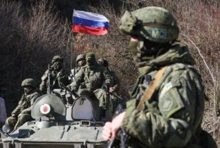 ՌԴ ՊՆ. Ռուս խաղաղապահներն ապահովում են ավտոտրանսպորտի և քաղաքացիների անվտանգ տեղաշարժը Լաչինի միջանցքով