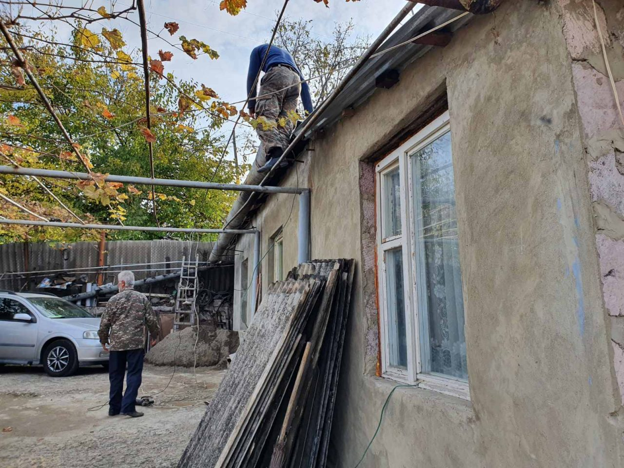 Վիվա-ՄՏՍ-ի աջակցությամբ՝ սահմանապահ Այգեպարում բնակվող Փայտյանների ընտանիքը վերսկսել է շինարարությունը