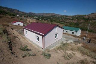 Արցախի կառավարությունը սկսում է տեղահանված ընտանիքներին բնակելի տներով ապահովելու ծրագիրը