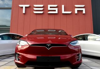 Samsung-ը և Tesla-ն նոր սերնդի ավտոմեքենաների համար «ուղեղներ» կստեղծեն
