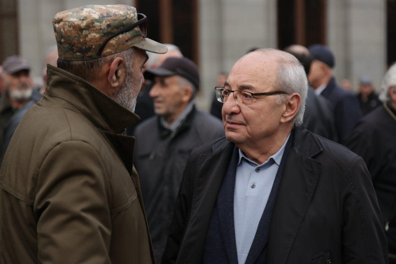 Վազգեն Մանուկյանն Ազատության հրապարակում կհանդիպի քաղաքացիների հետ