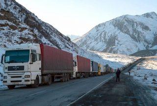 Լարսի անցակետի ռուսական կողմում կա մոտ 500 կուտակված բեռնատար ավտոմեքենա