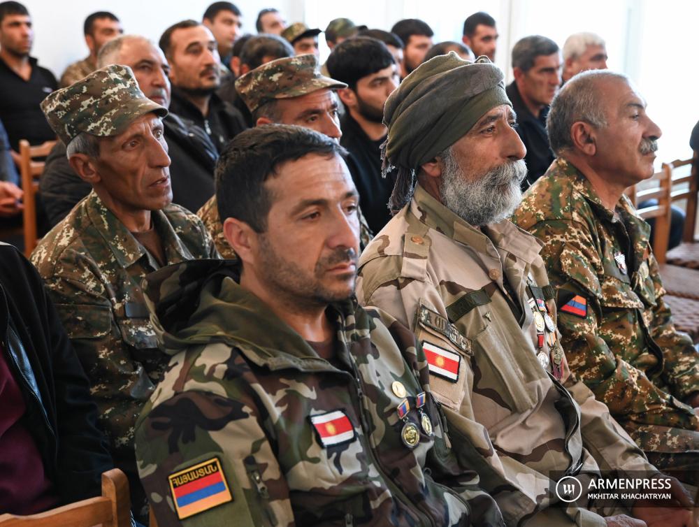 Խդր Հաջոյանը հետմահու պարգևատրեց պատերազմում անմահացած եզդի զինծառայողների և կամավորականների
