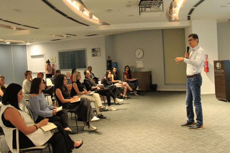 Ռալֆ Յիրիկյանը «Առաջնորդության դպրոցի» ուսանողներին ներկայացրել է Վիվա-ՄՏՍ-ի փորձը կառավարման ոլորտում
