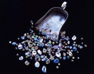 Министр: «Сфера производства бриллиантов вышла из кризиса»