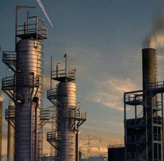Объемы добычи нефти Ираном упали до 10-летнего минимума