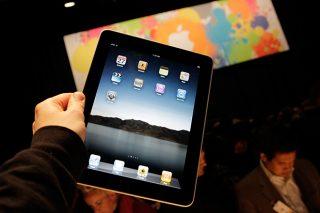 В Россию официально поступил в продажу iPad третьего поколения