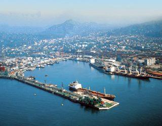 В Грузии рабочие порта Поти начали забастовку