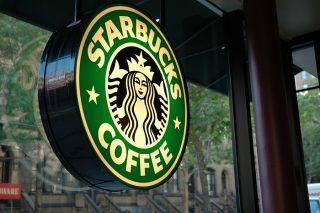 Starbucks впервые за 4 года заплатила налоги Великобритании