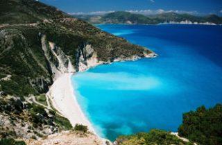 Греция продает частный остров за 10 млн. евро
