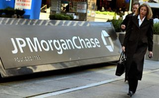 Полугодовая прибыль J.P.Morgan выросла на треть