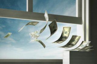 Из России утекло за полгода более 38 млрд. долл.