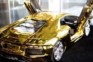 Стартовая цена Lamborghini из золота и платины 7,3 млн. долл.