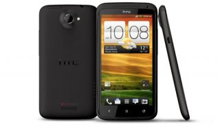 HTC сокращает производство смартфонов