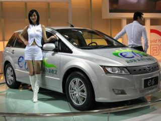 Восстановление темпов экономического подъема Китая обеспечило рост продаж автомобилей в стране