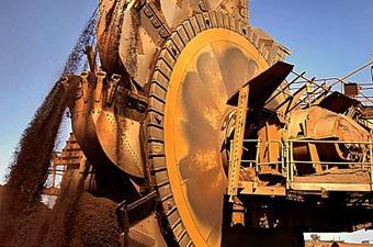 В 2013 году Rio Tinto побила рекорд по добыче и отгрузке железной руды