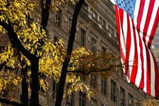 Отрицательное сальдо внешнеторгового баланса США вырос в декабре на 12%