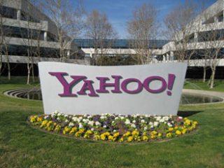 Yahoo! сократила прибыль в январе-марте на 20%