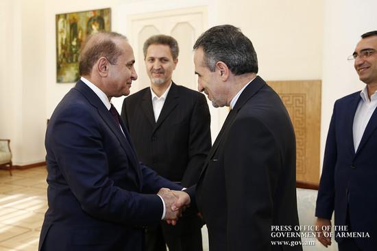 Премьер-министр принял посла Ирана в РА