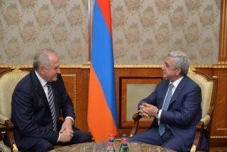 Президент Армении принял руководителя Федеральной таможенной службы РФ